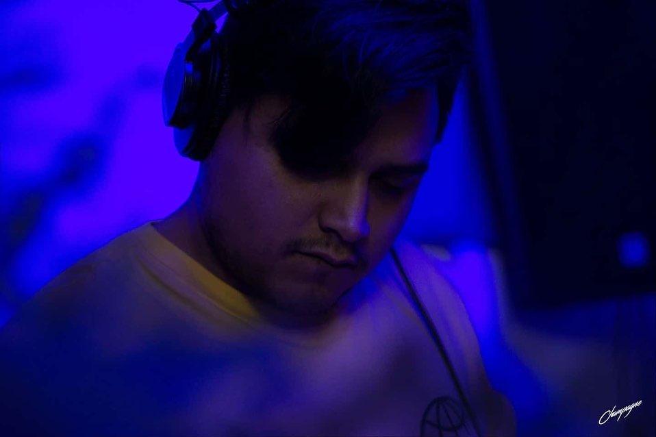 Alma Libre MicroRave Profile Picture